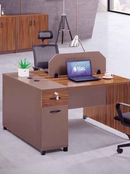 森旺家具长期为顺丰速运定制办公桌椅家具